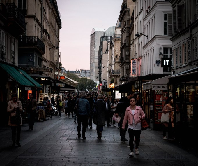 Through the streets of Paris - Beaubourg - ©Yndianna-28